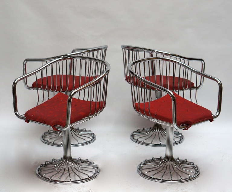 Set of Two Dining or Lounge Chairs in the Style of Warren Platner In Good Condition For Sale In Antwerp, BE