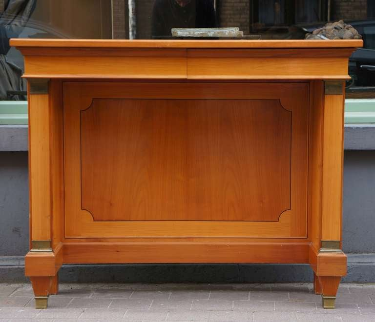 Fine  Cherry Wood 1950s Console In Excellent Condition For Sale In Antwerp, BE
