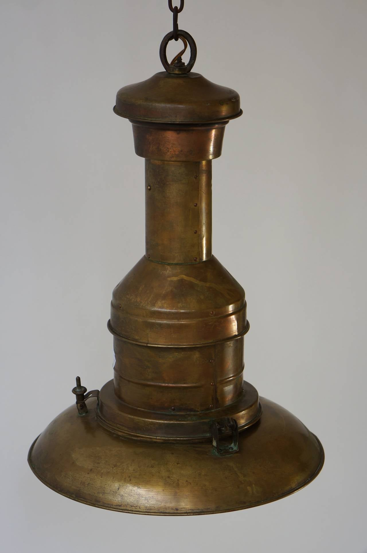 Industrial Copper  Pendant Light In Good Condition For Sale In Antwerp, BE