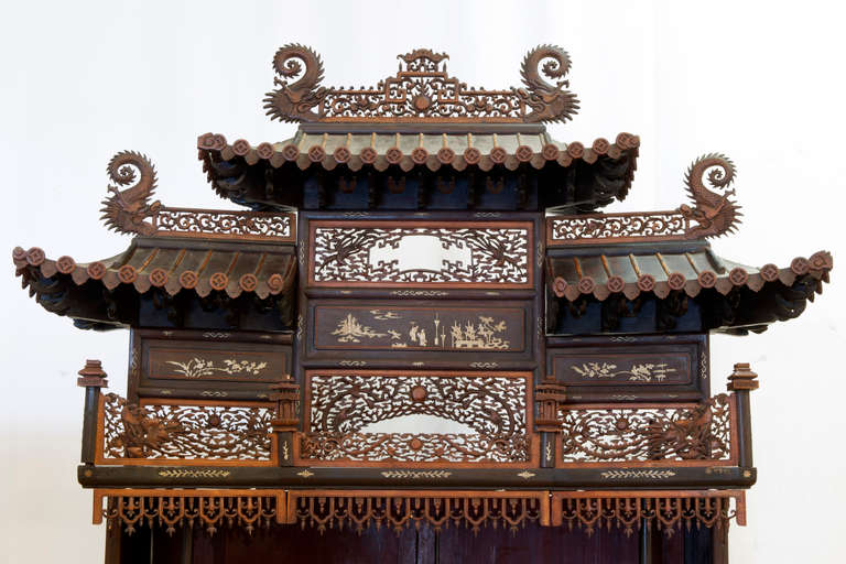 Chinese Export Rare and Beautiful Architectural Pagode Display Cabinet, China For Sale