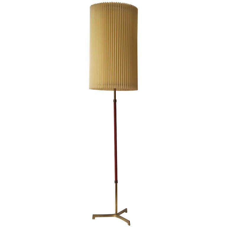 Beautiful italian floor lamp for sale at 1stdibs for Beautiful floor lamps