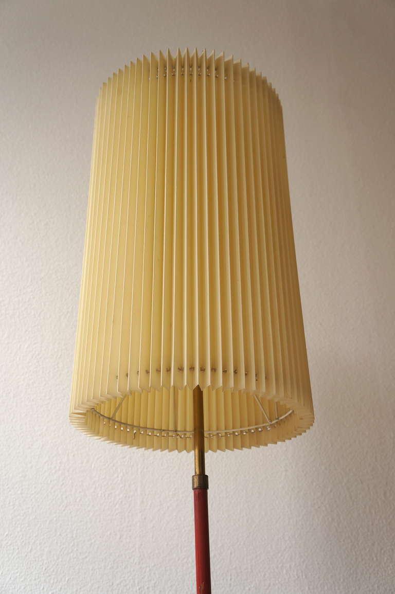Beautiful italian floor lamp at 1stdibs for Beautiful floor lamps