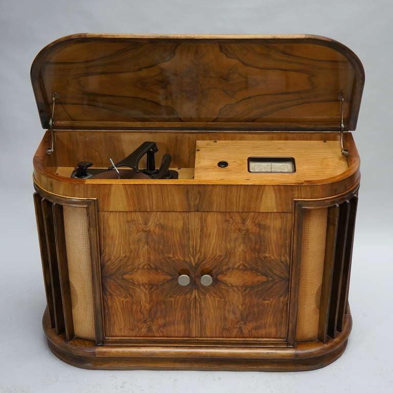 Vintage 1950s Garrard RC60/D16 Radiogram Cabinet at 1stdibs