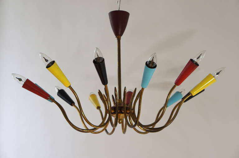 Impressive Italian Twelve-Arm Chandelier in the Style of Stilnovo In Good Condition For Sale In Antwerp, BE