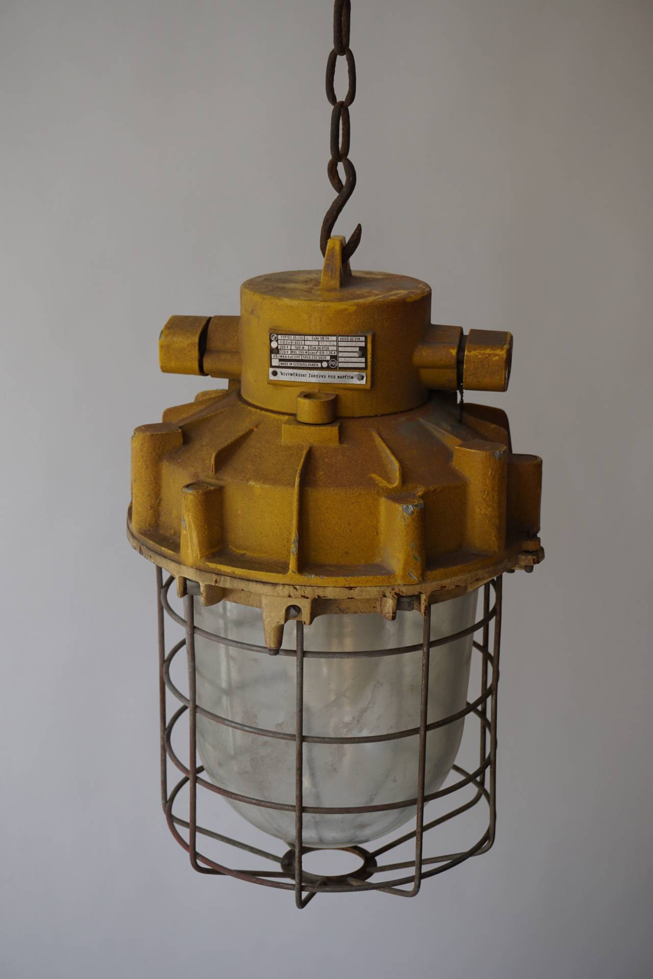 20th Century Set of Four Large Industrial Lights For Sale