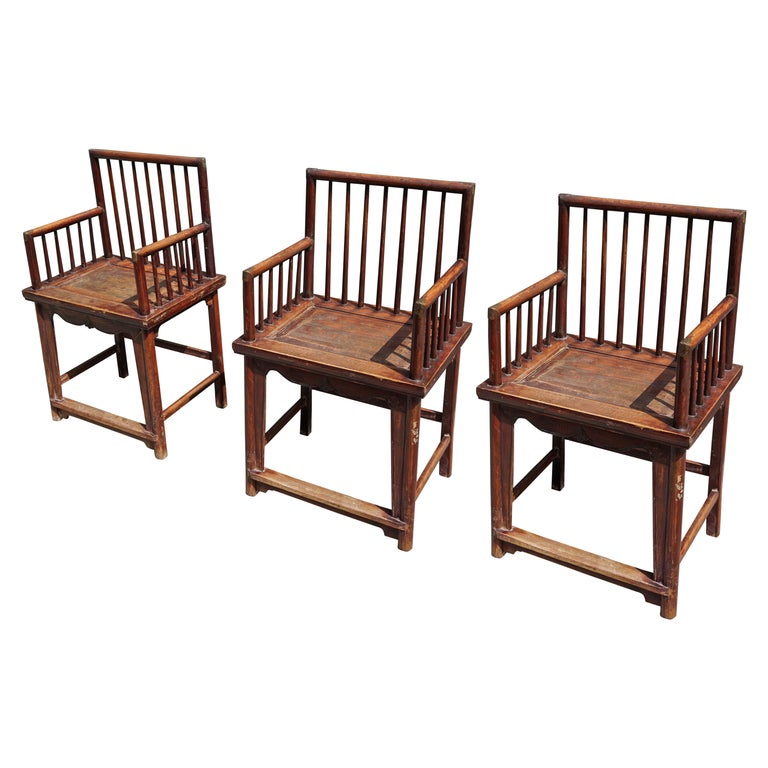 Set of Three Elegant Chinese Early 20th Century Spindle Back Chairs For Sale