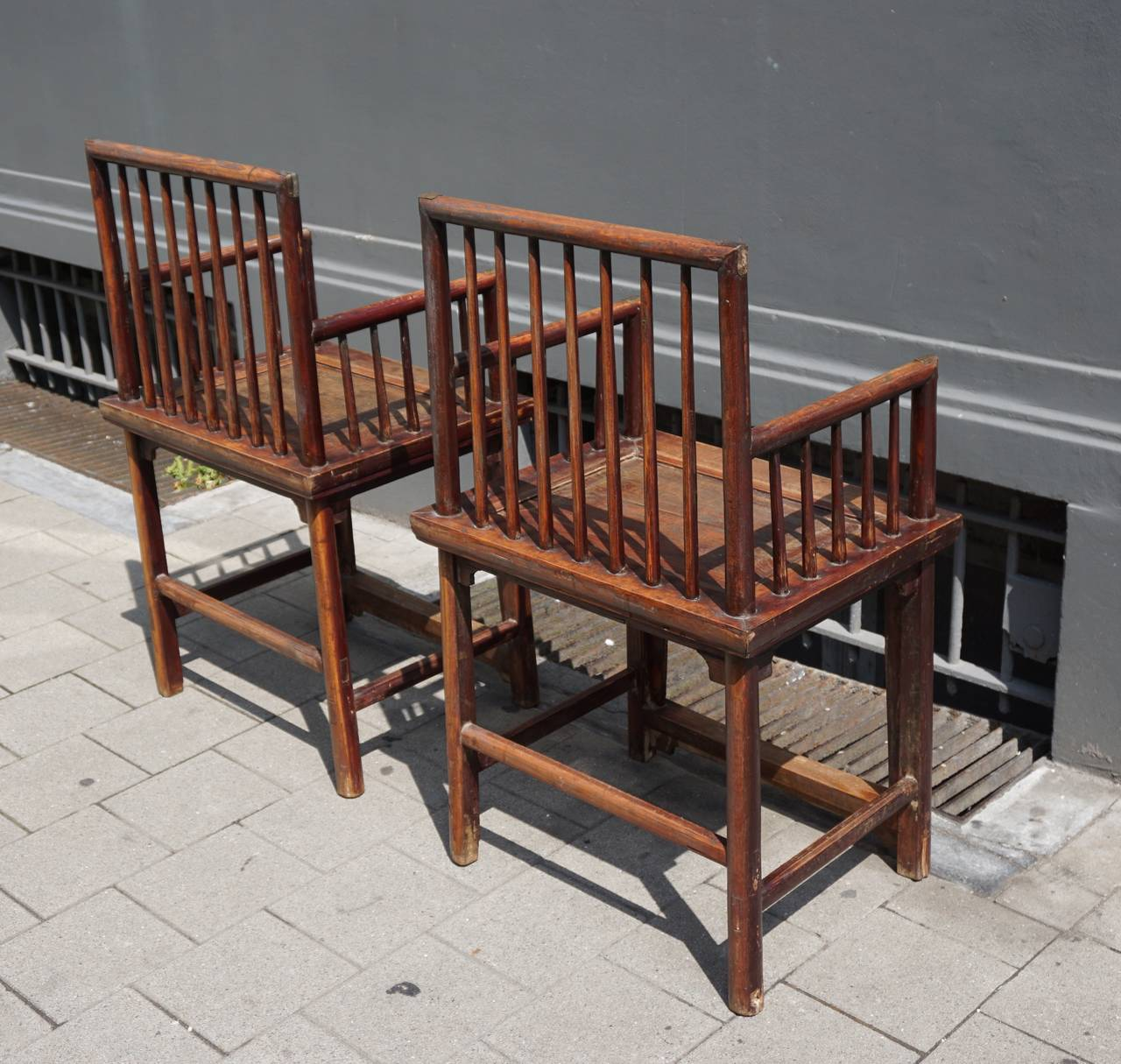 Set of Three Elegant Chinese Early 20th Century Spindle Back Chairs For Sale 2