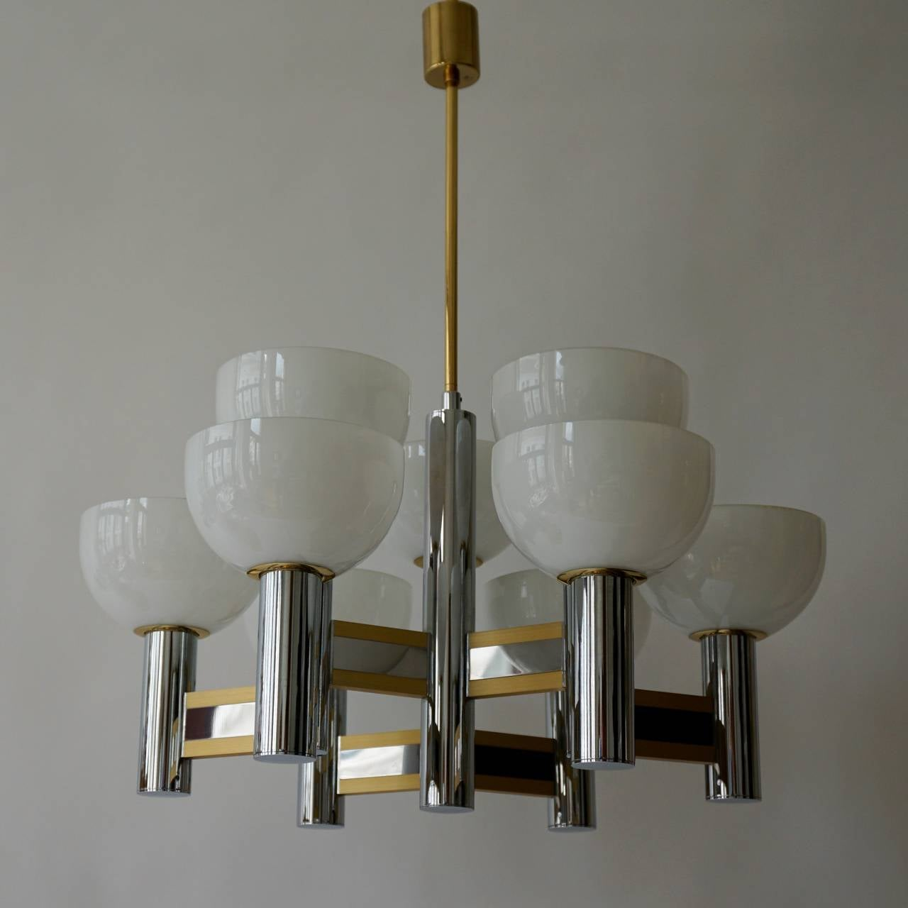 Mid-Century Modern Sciolari Geometric Chandelier with Murano Glass Coupes For Sale