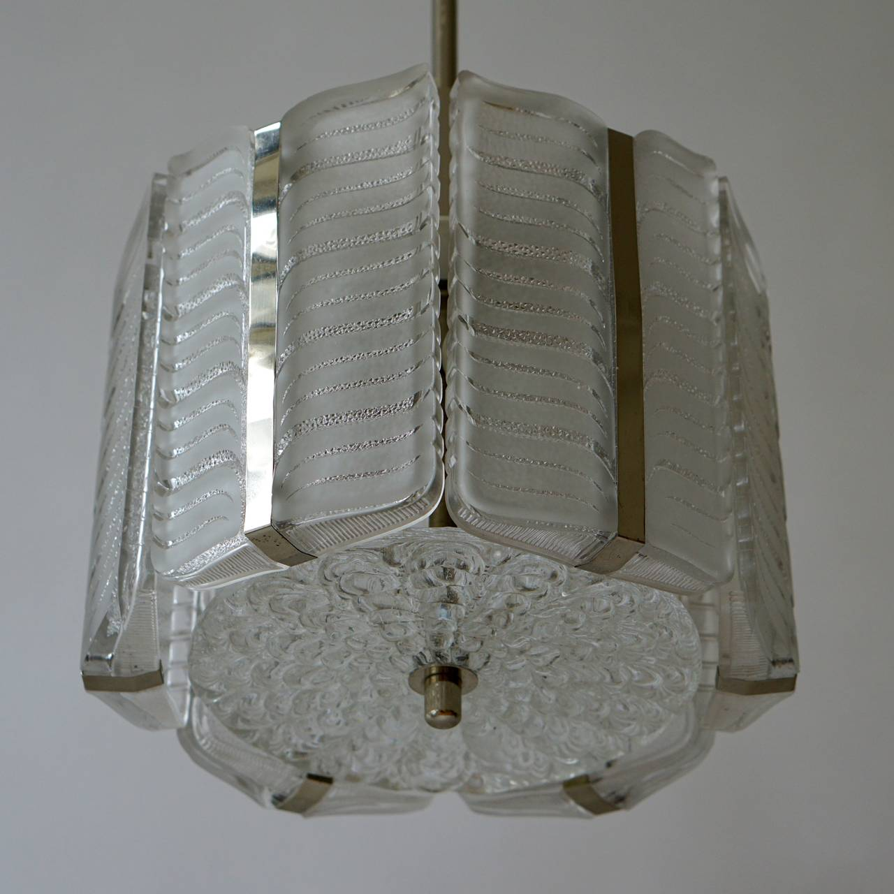 Mid-Century Modern Italian Murano Glass Pendant Light For Sale