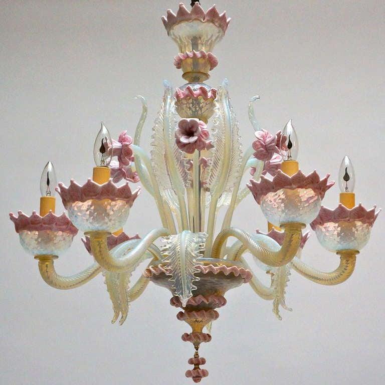 Italian six-arm Murano glass chandelier. Diameter:70 cm. Height:70 cm.