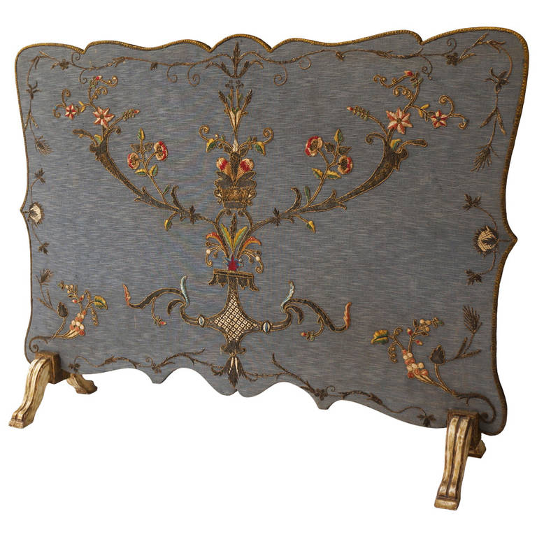 French Fire Screen with Gold Thread Decoration in Louis XVI Style For Sale