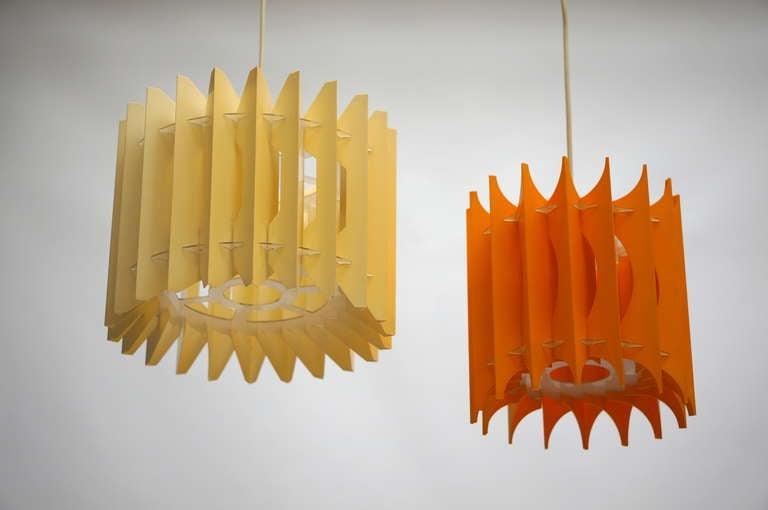 Italian Pair of Pendant Lights For Sale