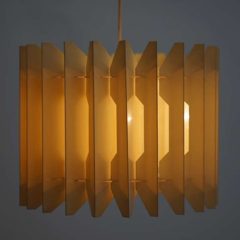 Pair of Pendant Lights In Good Condition For Sale In Antwerp, BE