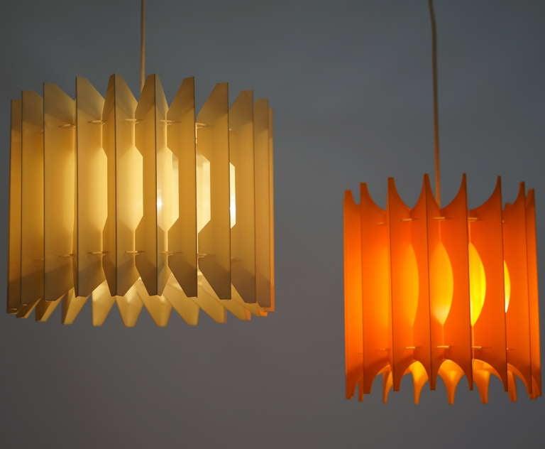 Mid-Century Modern Pair of Pendant Lights For Sale