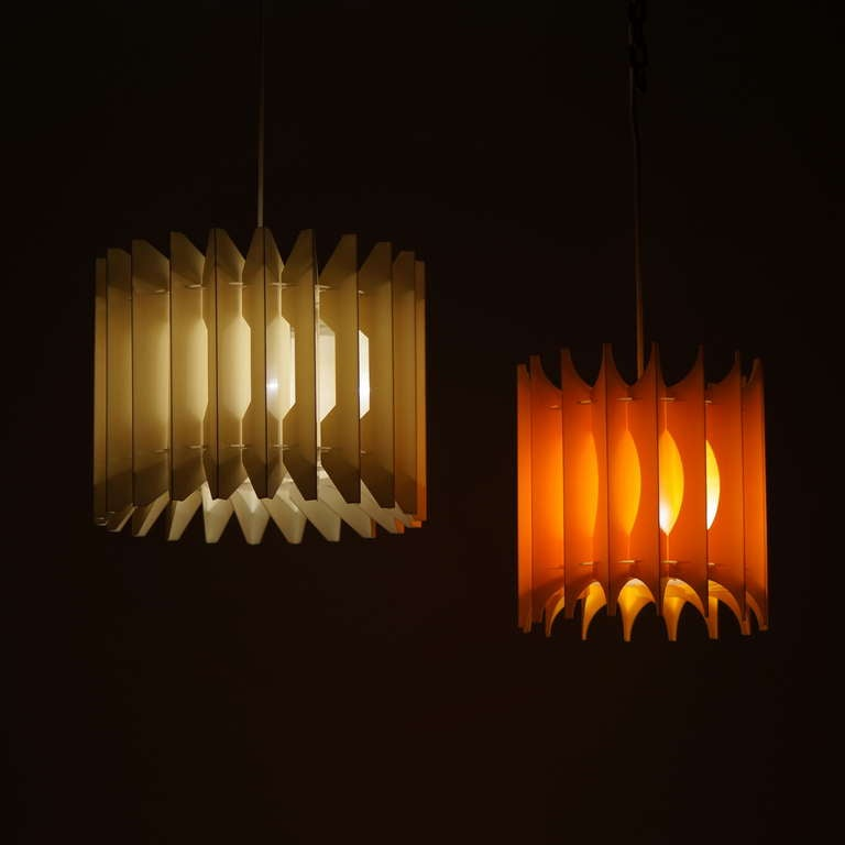 Pair of Pendant Lights For Sale 1