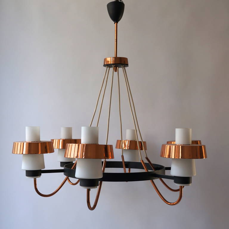 Mid-Century Modern Italian 1950s Chandelier For Sale