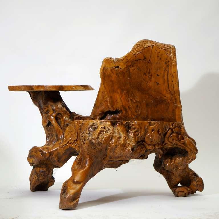 Burl wood bench. Width 110 cm. Height 90 cm. Depth 75 cm.