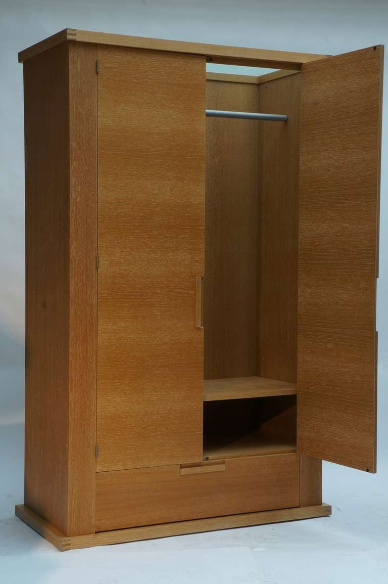 French Limed Oak Armoire In Excellent Condition For Sale In Antwerp, BE