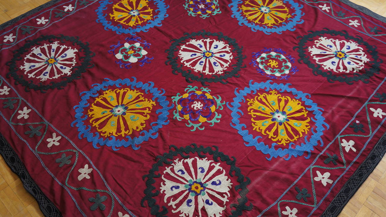 Large vintage Suzani Uzbek Samarkand textile, Suzani means needlework and these embroideries are some of the most characteristic forms of textile art from Central Asia.  A beautiful old Turkish embroidered Suzani textile from Uzbekistan.  The motifs