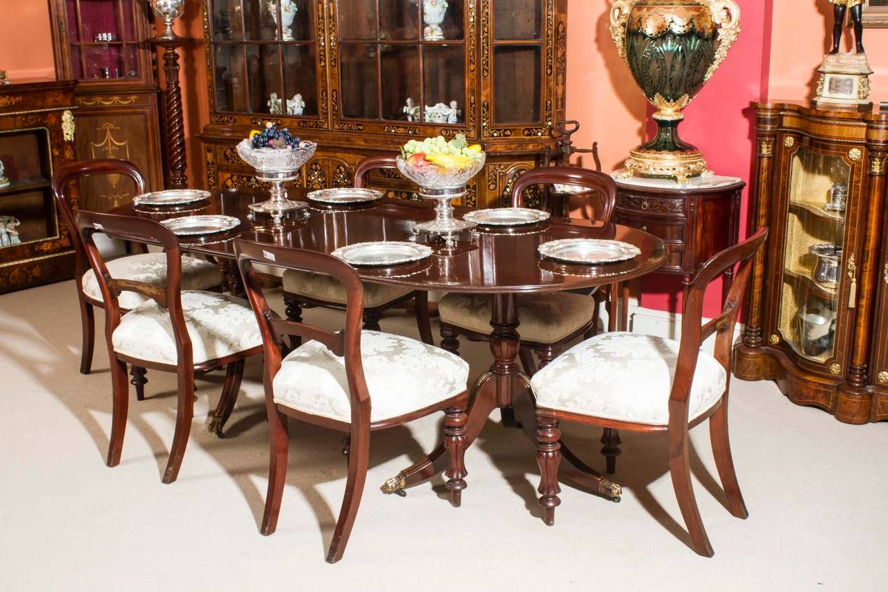 Exceptional Vintage Regency Style Dining Table And Six Antique Chairs 3