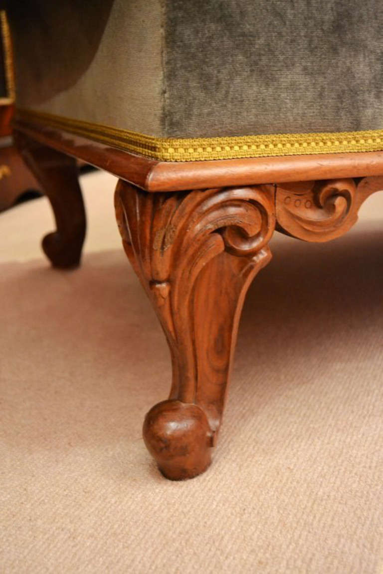 Antique victorian french walnut chaise longue at for Antique chaise longues