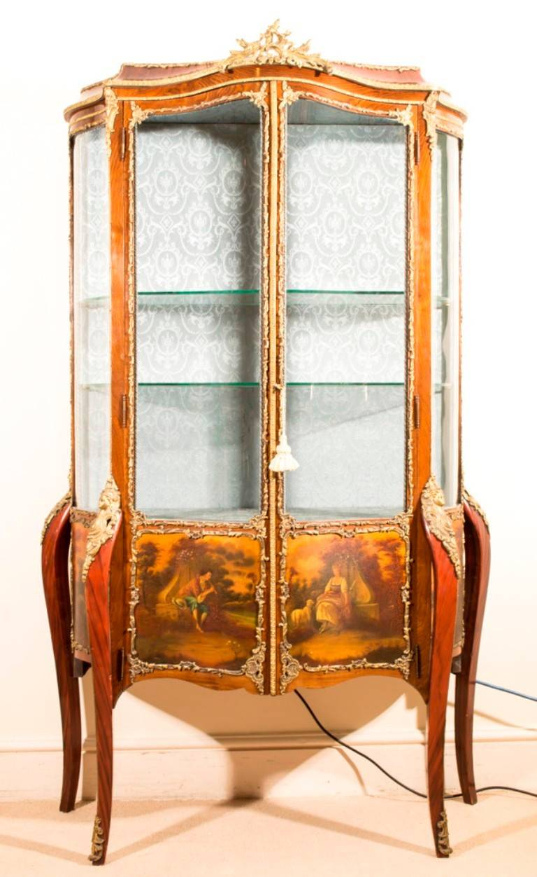 antique french vernis martin vitrine louis xv circa 1900 at 1stdibs. Black Bedroom Furniture Sets. Home Design Ideas