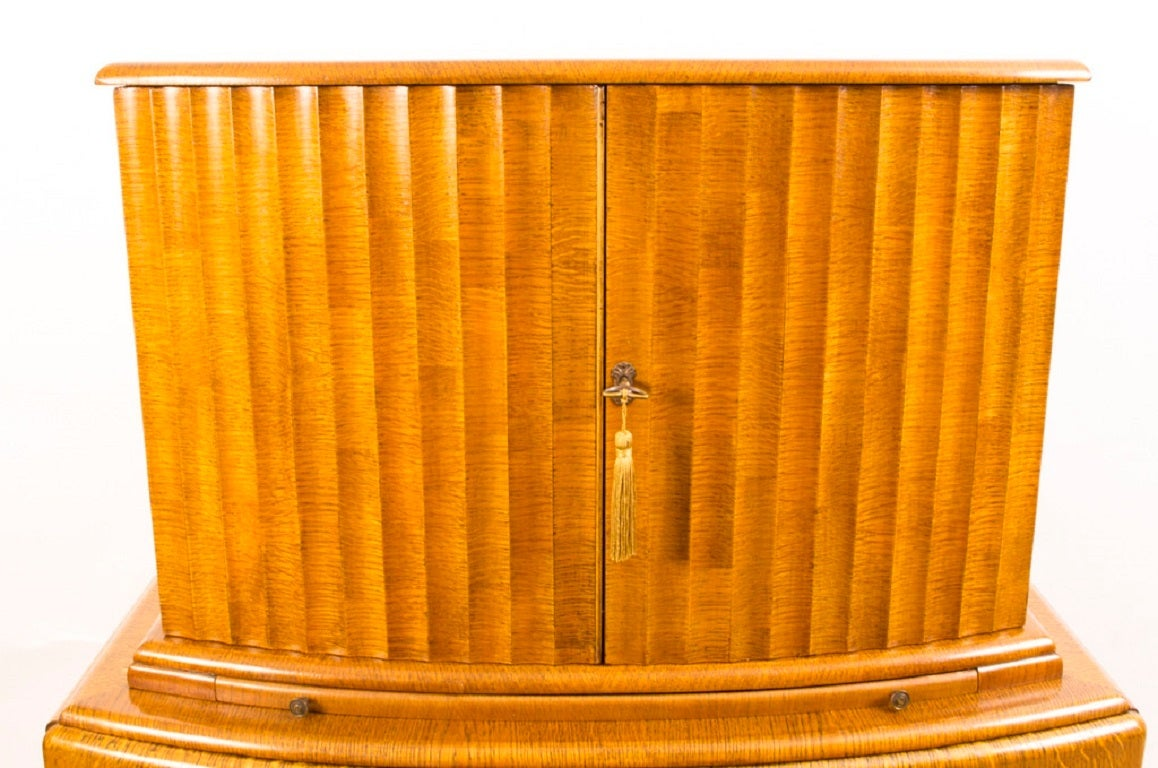 antique art deco blonde oak miramar cocktail bar at. Black Bedroom Furniture Sets. Home Design Ideas