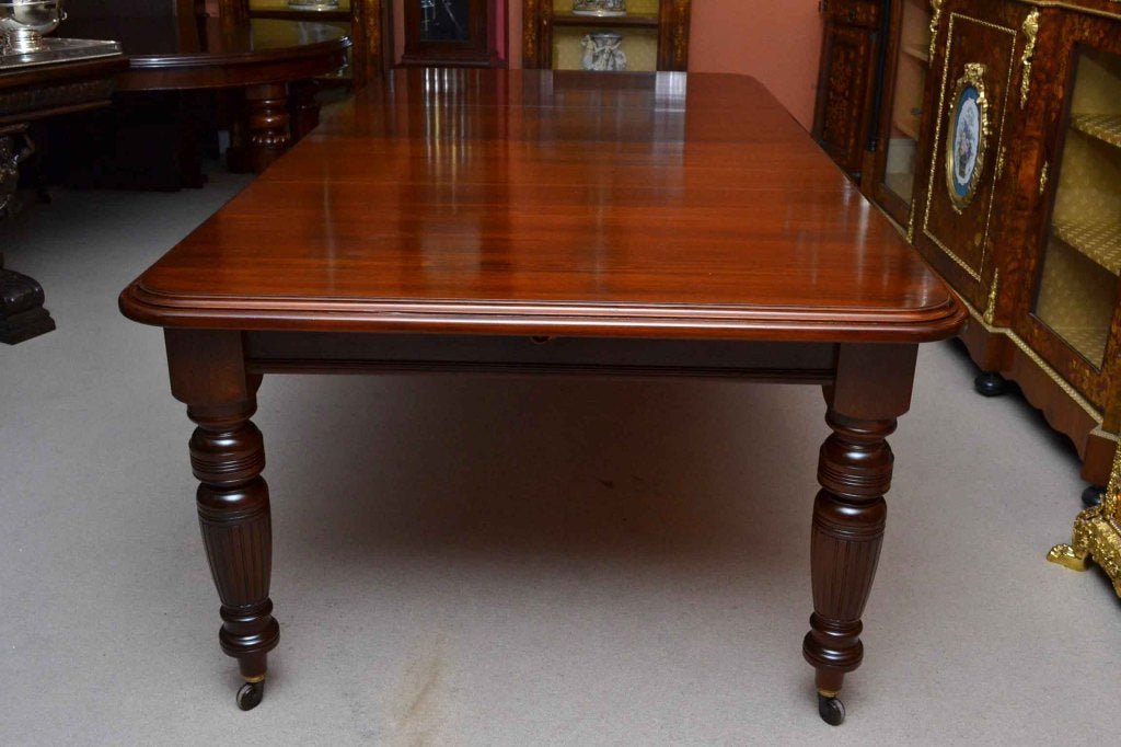 antique victorian 8 ft mahgany dining table and 6 chairs
