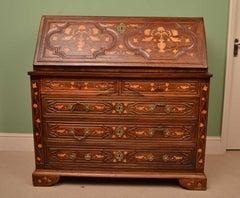 18th Century Spanish Walnut Marquetry Bureau