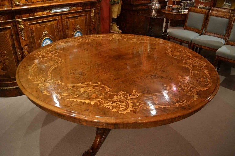 Walnut Antique Victorian Marquetry Loo Table 5ft Diameter