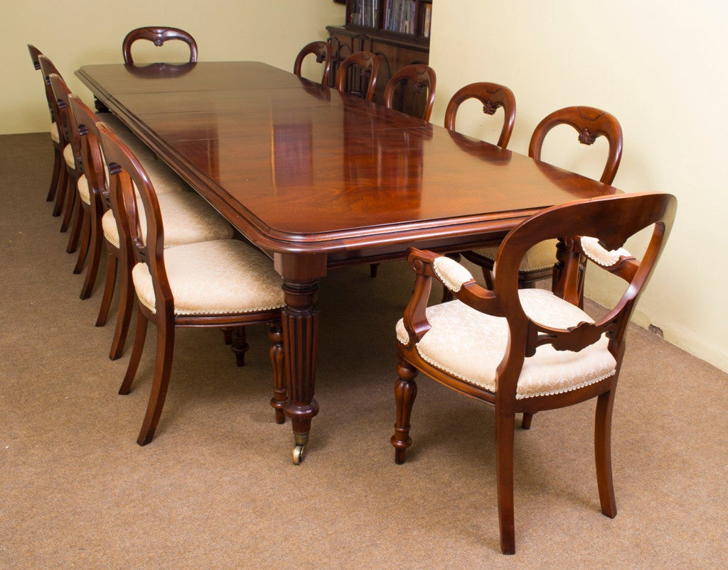 vintage mahogany dining table and 12 chairs at 1stdibs. Black Bedroom Furniture Sets. Home Design Ideas