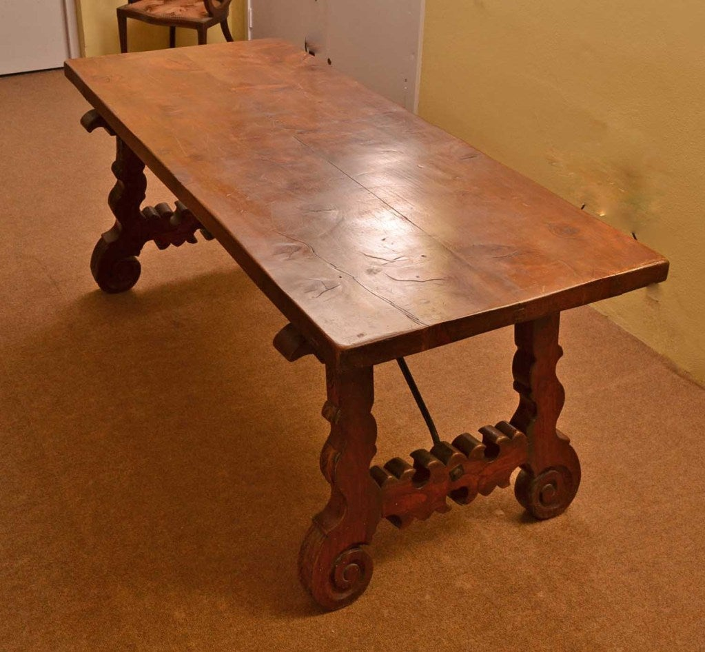 Antique Spanish Walnut Refectory Dining Table 18th Century For Sale 1