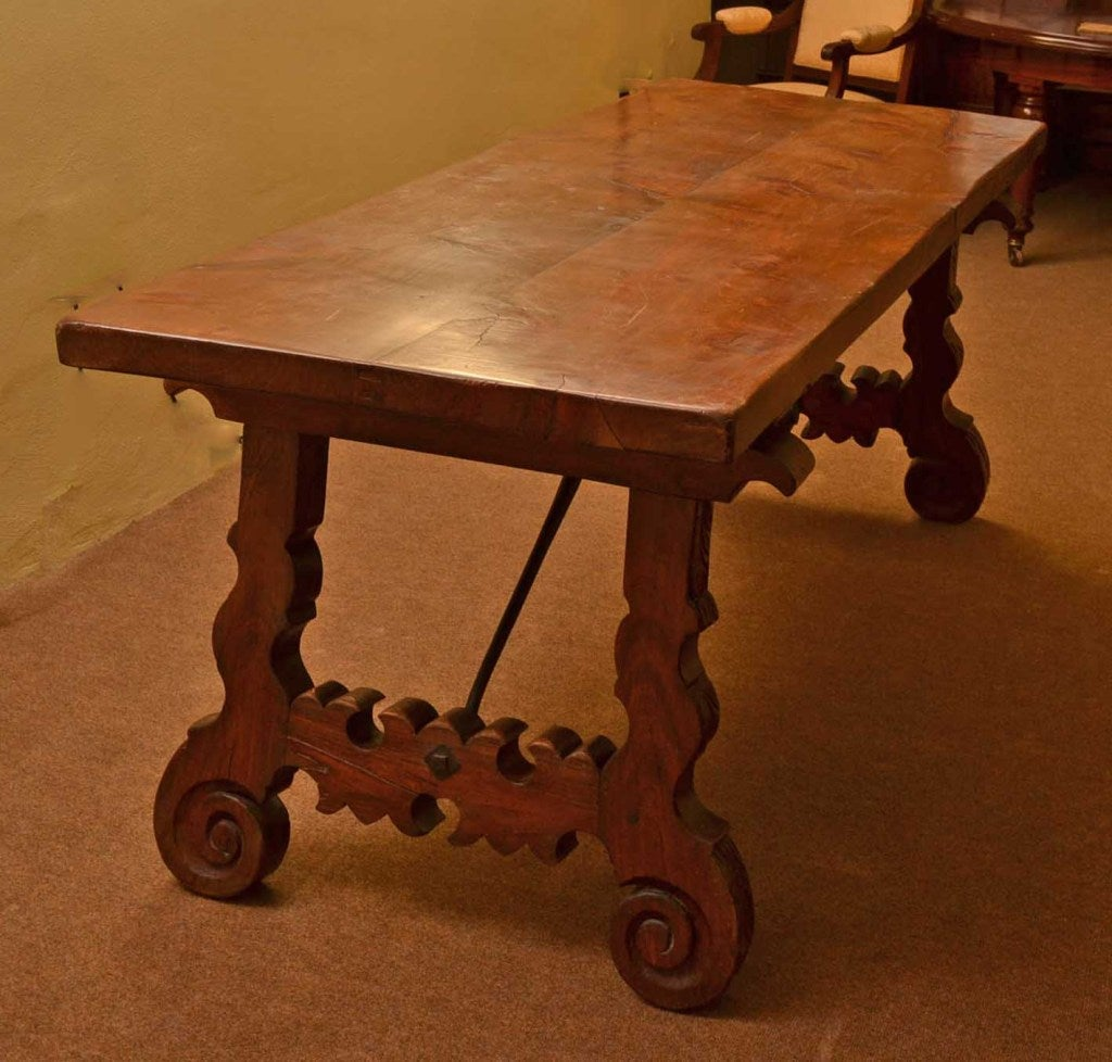 Antique Spanish Walnut Refectory Dining Table 18th Century For Sale 2