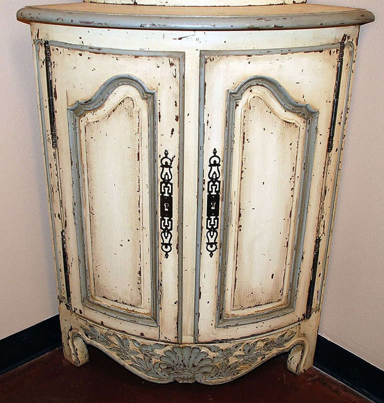 Pair of Painted French Corner Cabinets 6