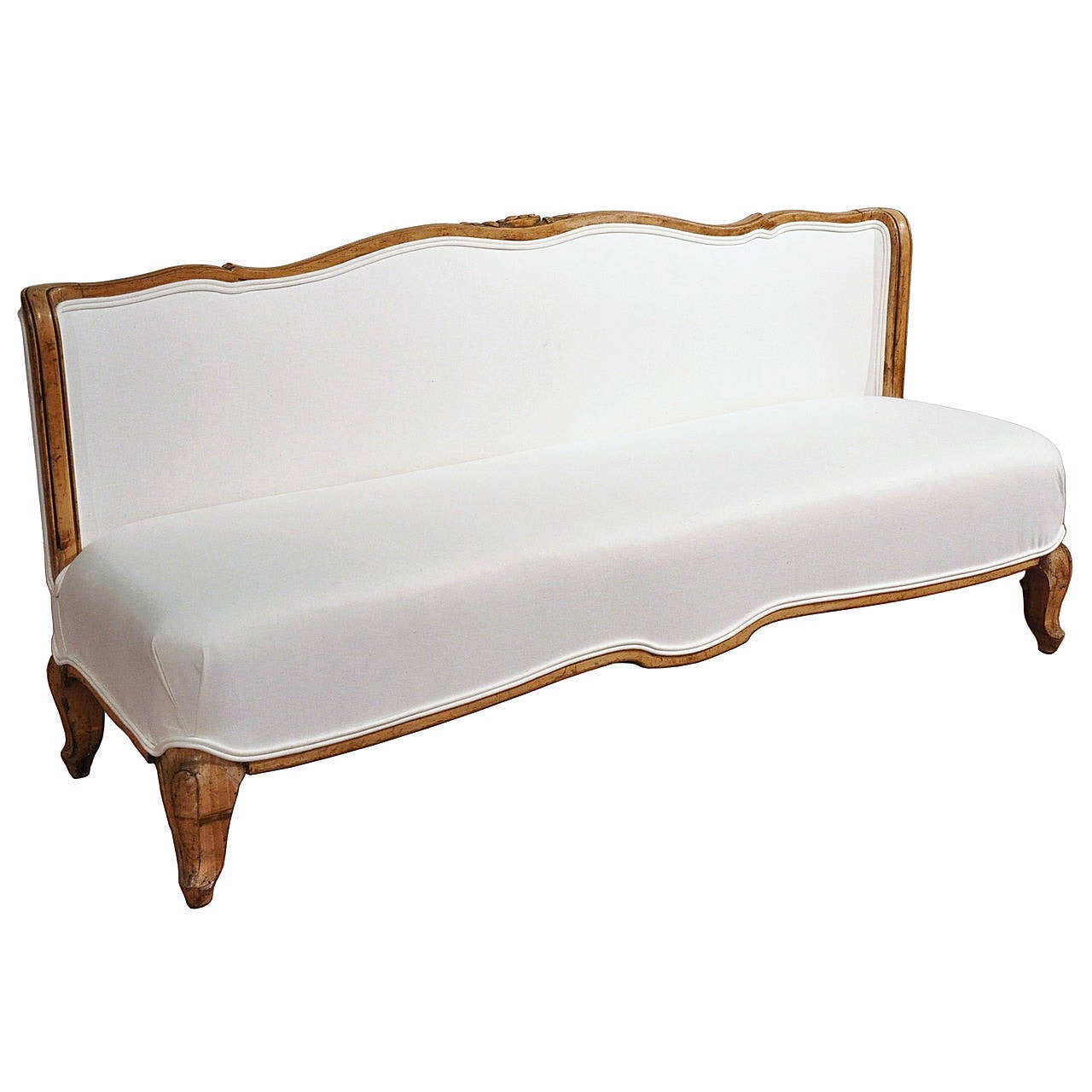 antique 18th c french louis xv bench banquette at 1stdibs. Black Bedroom Furniture Sets. Home Design Ideas