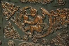 Large French Hobnail Iron Safe image 4