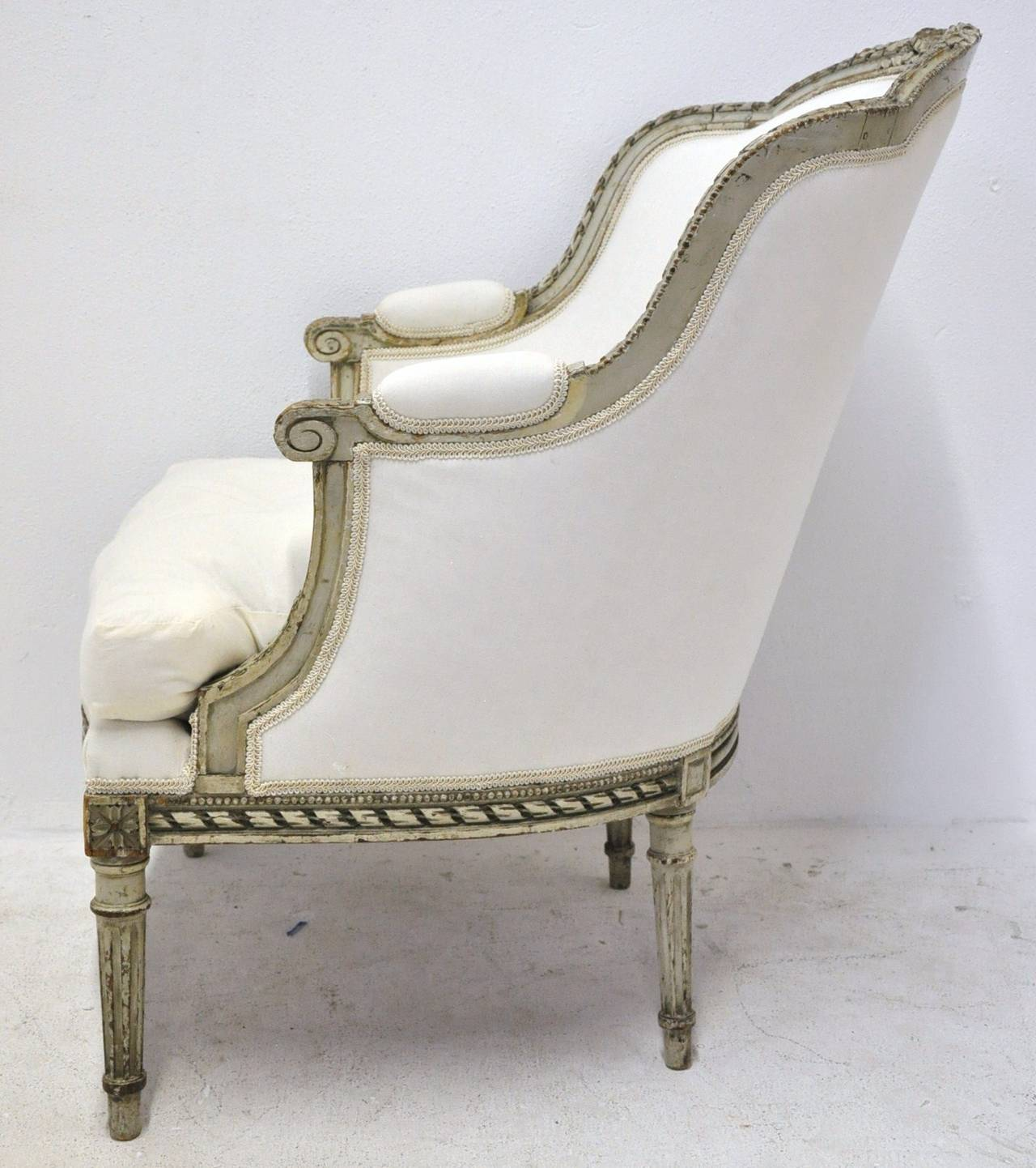 Antique louis xvi painted duchesse brisee chaise at 1stdibs - Chaises louis 16 ...