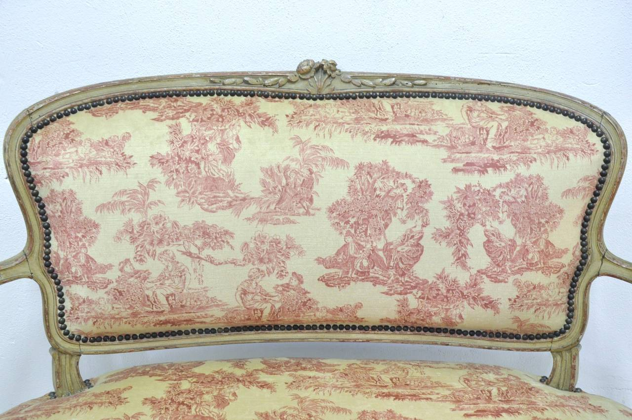Hand-Carved 19th Century French Louis XV Carved Painted Two-Seat Settee with Vintage Fabric For Sale
