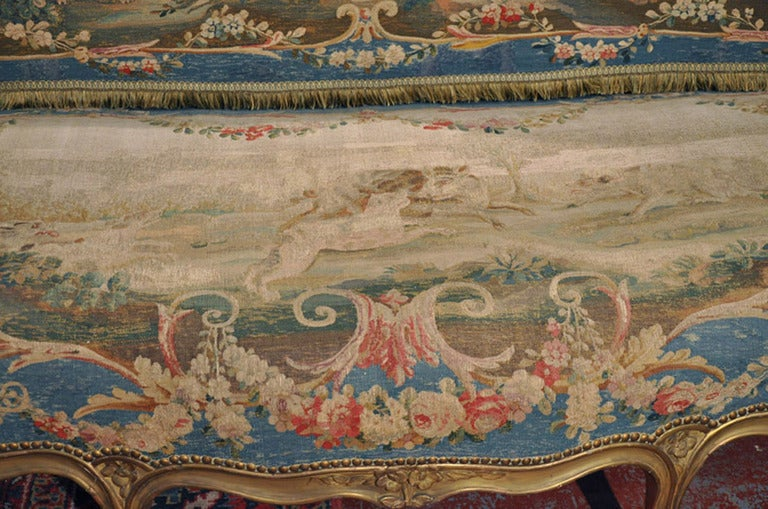 19th Century French Louis XV Carved Gilt Canapé with Aubusson Tapestry For Sale 3