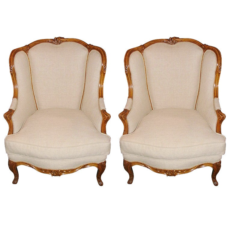 Early 20th Century Pair of French Carved Bergere Chairs
