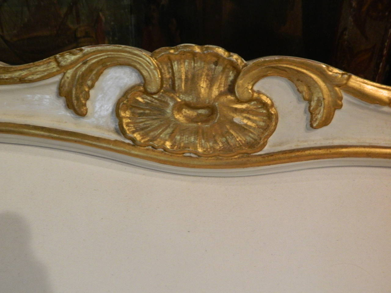 Gustavian Painted and Parcel Gilt Canape or Sofa, 19th Century For Sale 1