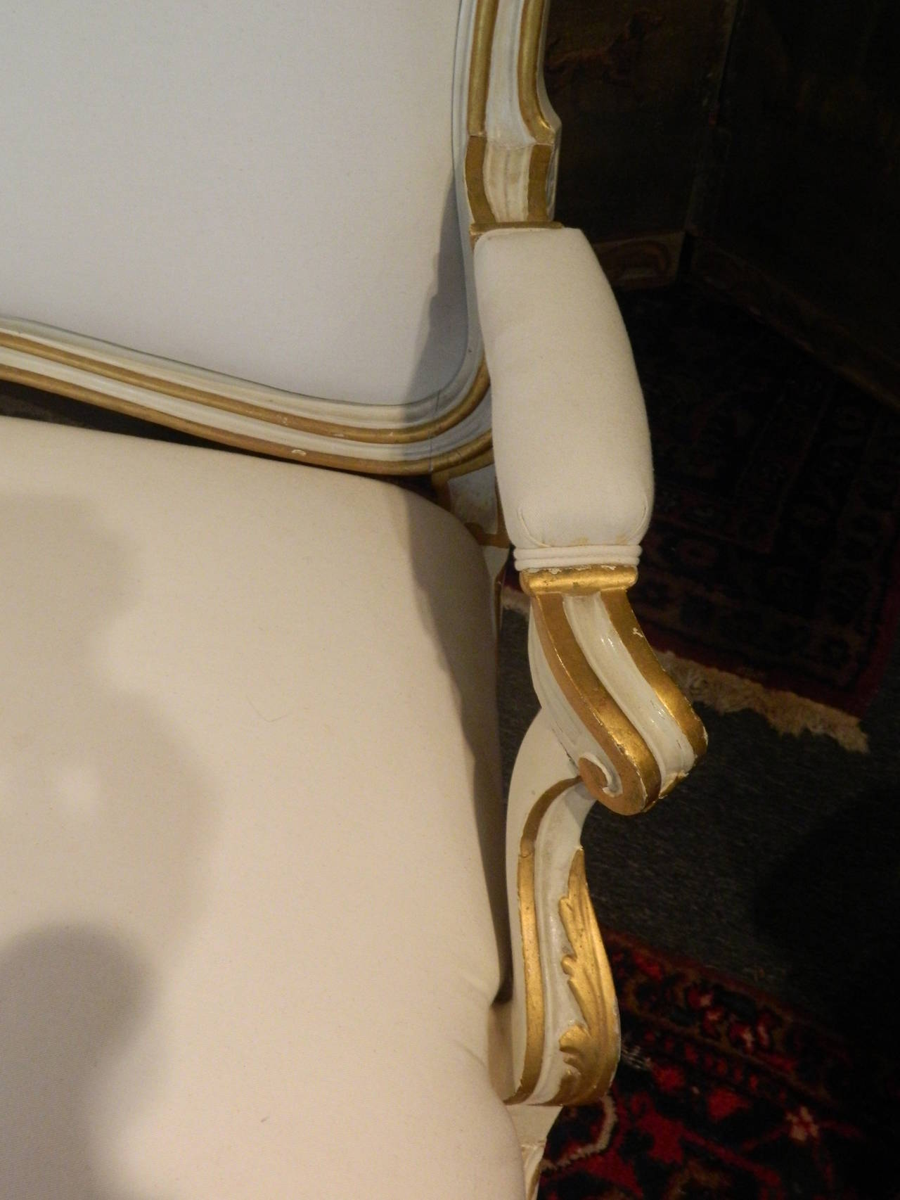 Gustavian Painted and Parcel Gilt Canape or Sofa, 19th Century In Good Condition For Sale In Savannah, GA