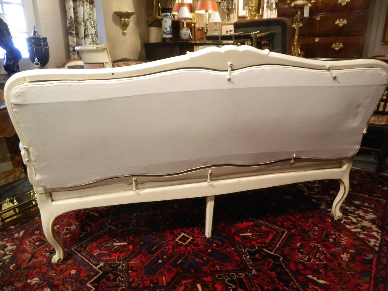 Gustavian Painted and Parcel Gilt Canape or Sofa, 19th Century For Sale 4