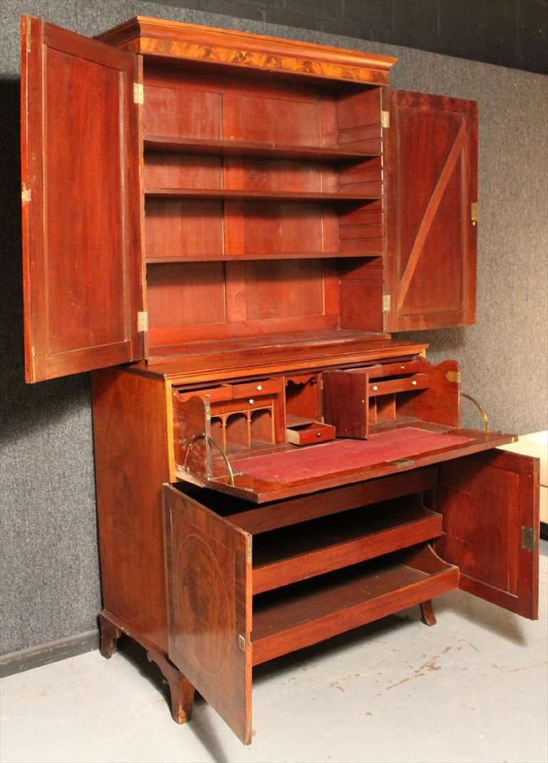 American Federal Inlaid Mahogany Bookcase Secretary, 19th Century For Sale 4