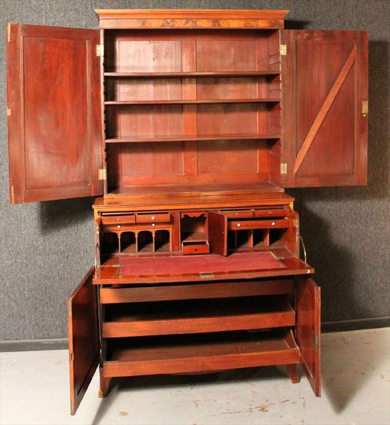 American Federal Inlaid Mahogany Bookcase Secretary, 19th Century For Sale 5