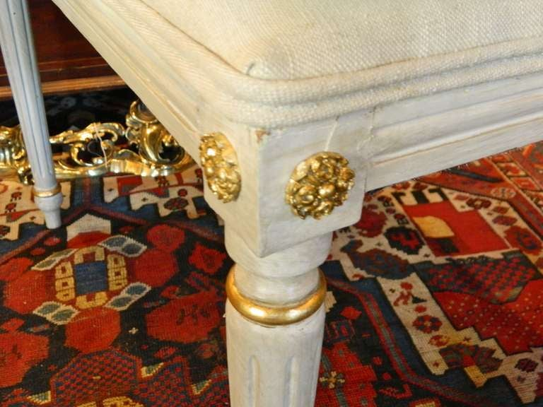 Louis XVI Style French Painted Tall Stool with Gold Trim, Early 20th Century For Sale 3