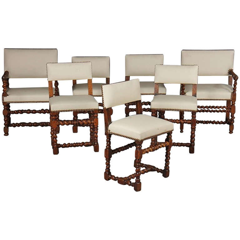 Early 20th Century Set of Twelve English Barley Twist Walnut Chairs