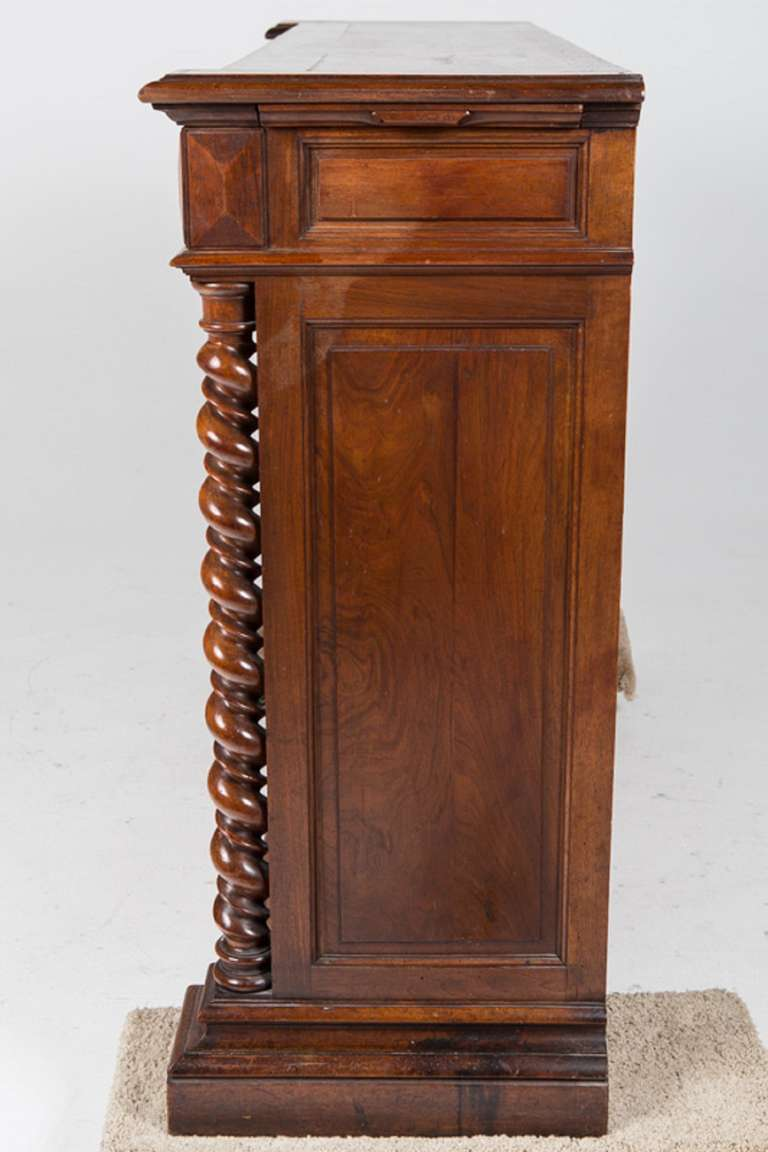 French Renaissance Style Walnut Sideboard or Side Cabinet, 19th Century In Excellent Condition For Sale In Savannah, GA