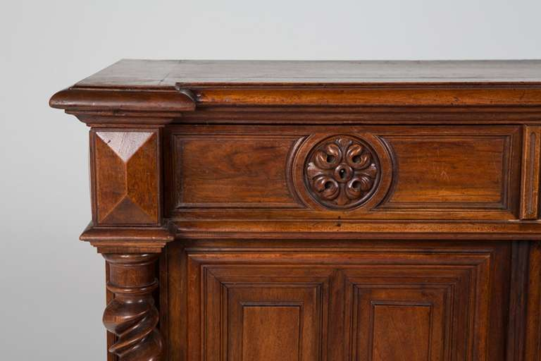 French Renaissance Style Walnut Sideboard or Side Cabinet, 19th Century For Sale 4