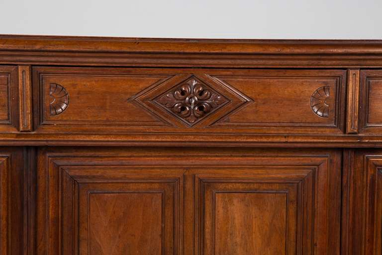French Renaissance Style Walnut Sideboard or Side Cabinet, 19th Century For Sale 6